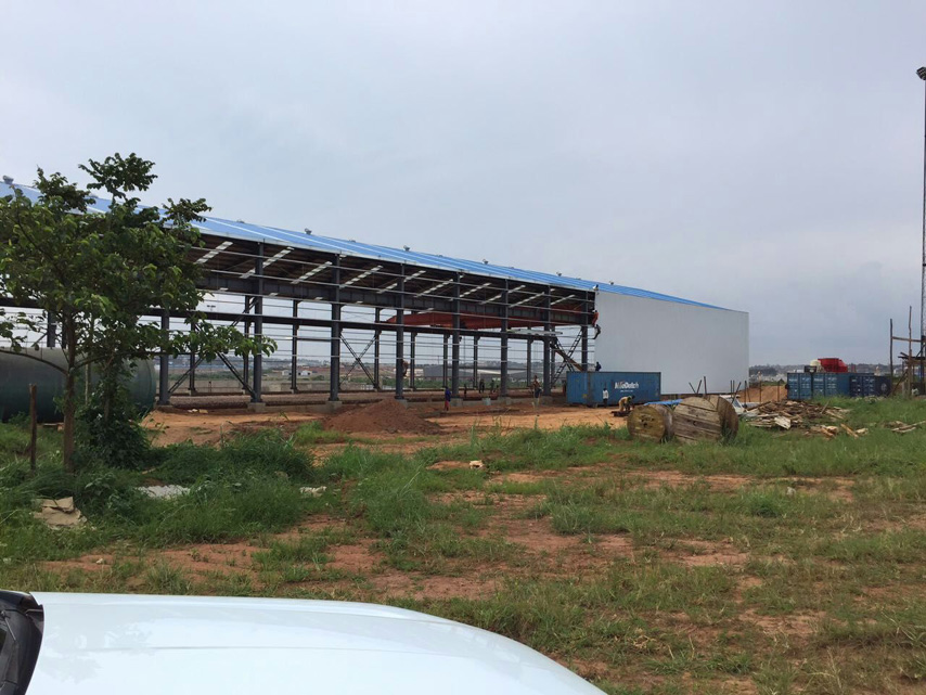steel structure warehouse wall panel installation