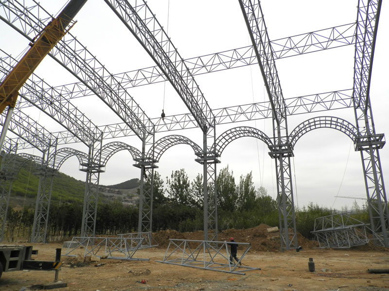 Steel Pipe Truss Structure Football Stadium